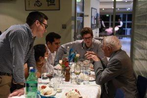 Holocaust survivor Eddie Jaku talking to students